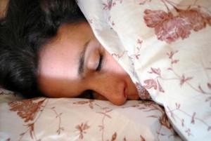 Durant-le-sommeil-votre-cerveau-se-nettoie_image_article_large