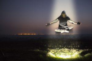 levitation-1287234_960_720 (1)