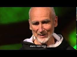 david-steindl-rast-vous-voulez-e%cc%82tre-heureux-soyez-reconnaissants